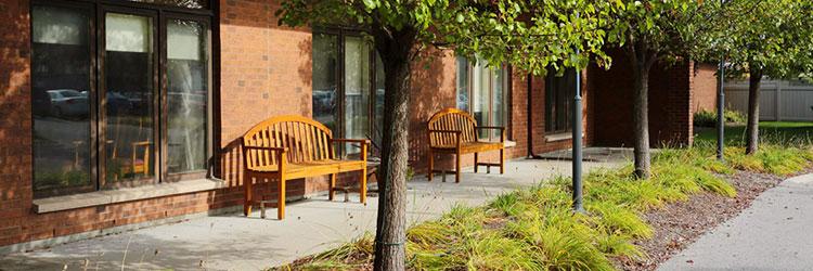 Kensington Village Outdoor seating area